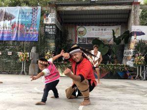 3歲超萌小勇士跳舞 106年度茶山涼亭節最殺祕器