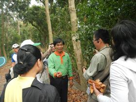 講師與學員知識交流